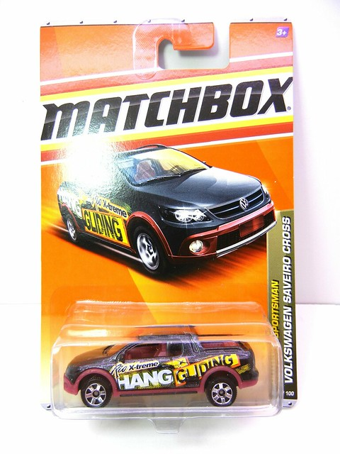 MATCHBOX VOLKSWAGEN SAVEIRO CROSS BLK (1)