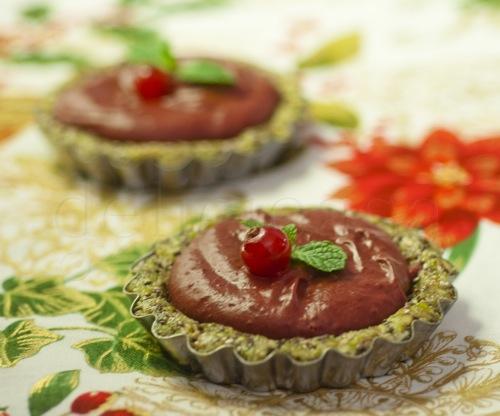 tarta cu mousse de ciocolata si fructe rosii (7 of 11)