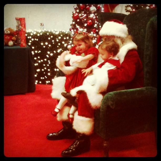 """I want my mummy!!!"" kids don't like santa, why force them."