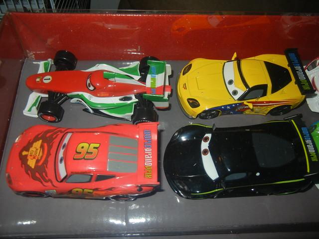 2011 disney store cars 2 20 car set  (2)