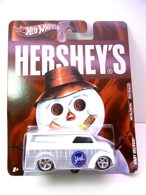 HOT WHEELS NOSTALGIA HERSHEYS DAIRY DELIVERY (1)