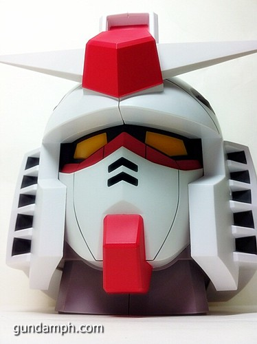 BIG RX-78-2 Gundam Head Coin Bank 30th Anniversary Edition 7-11 (32)