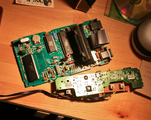 demaking an atari flashback 2 into a 2600 vcs dave nunez blog v2 0 as you can see below the whole flashback bottom pcb is much smaller than even the main board of the vcs top pcb what a difference 30 years makes