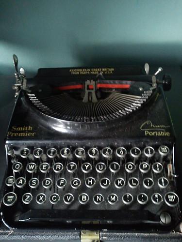 Smith Premier Portable Chum Typewriter by icklekitty