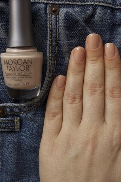 29 Morgan Taylor New School Nude