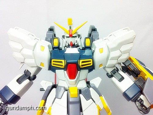 MG 1 100 Sandrock EW Out Of The Box Build Review (54)