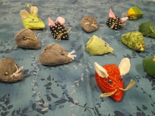Atelier Patchwork une souris verte porte nos aiguilles