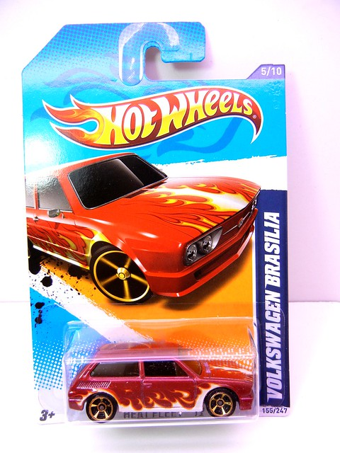 hot wheels volkswagen brasilia maroon (1)