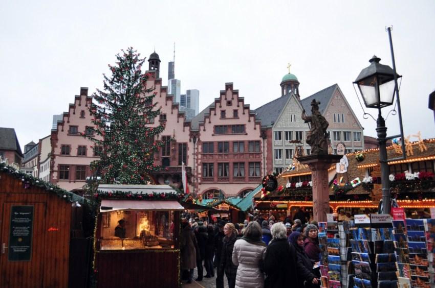 Frankfurter weihnachtsmarkt el mercado de navidad m s for Aroma frankfurt