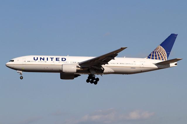 United Airlines B777-200ER(N782UA)