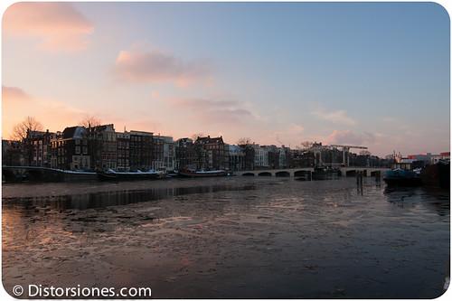 El Magere Brug sobre el río Amstel