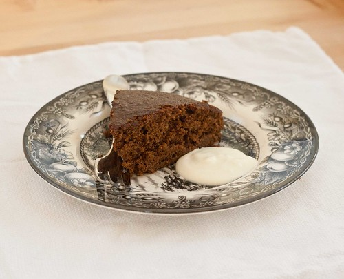 Fannie Farmer's Gingerbread Cake (2 of 2)
