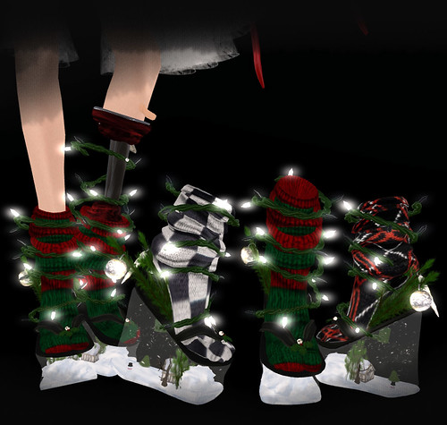 Bone Christmas shoes / Special item for group member by Aliza Karu [AD Creations] Doll House