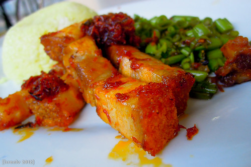 Crispy Pork Binagoongan by israelv