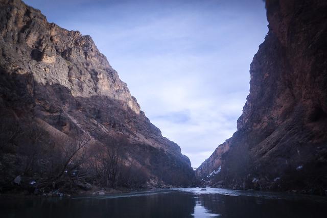 Superb gorge landscape on the Karun