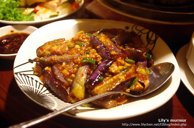 魚香茄子的醬很下飯啊,小心會讓你不注意就多吃了些白飯。
