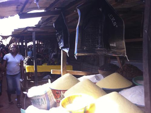 Dutsen Market - Gari by Jujufilms