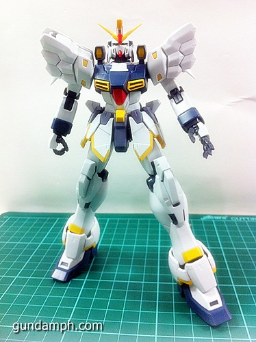 MG 1 100 Sandrock EW Out Of The Box Build Review (37)