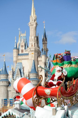 SANTA CLAUS MAKES SPECIAL APPEARANCE IN DISNEY PARKS CHRISTMAS DAY PARADE TV SPECIAL