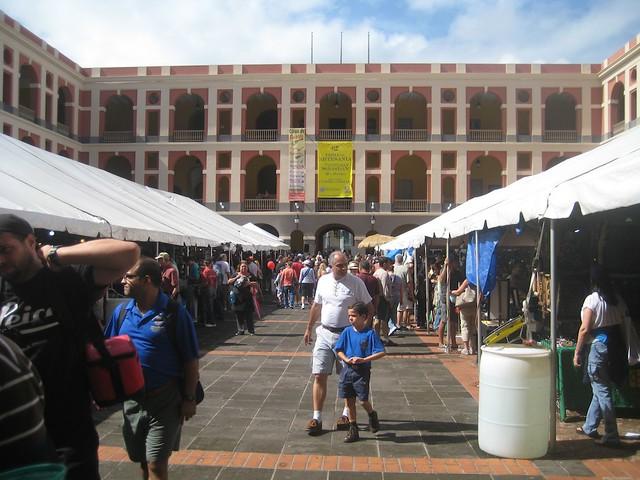 Fiestas de la Calle San Sebastian: Cuartel de Ballaja