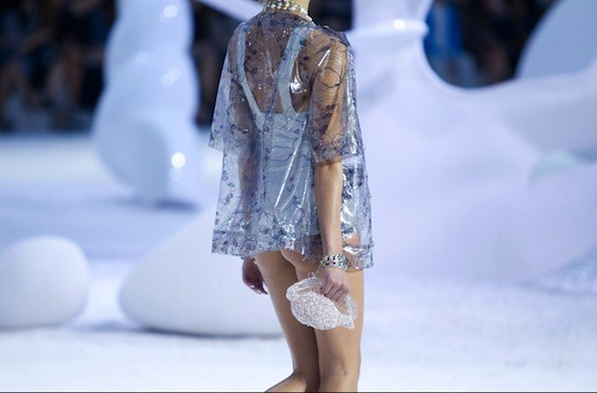Spring 2012 RTW Collection - Candids (15)