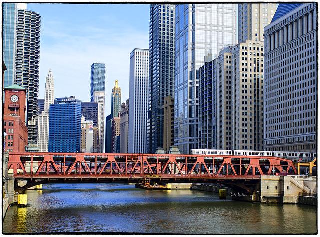 Untitled 1145-Wells Street Bridge