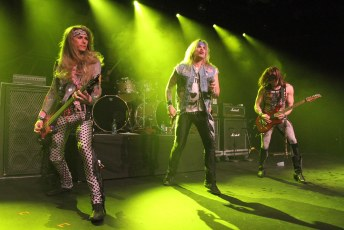 Steel Panther Commodore 7D-8736