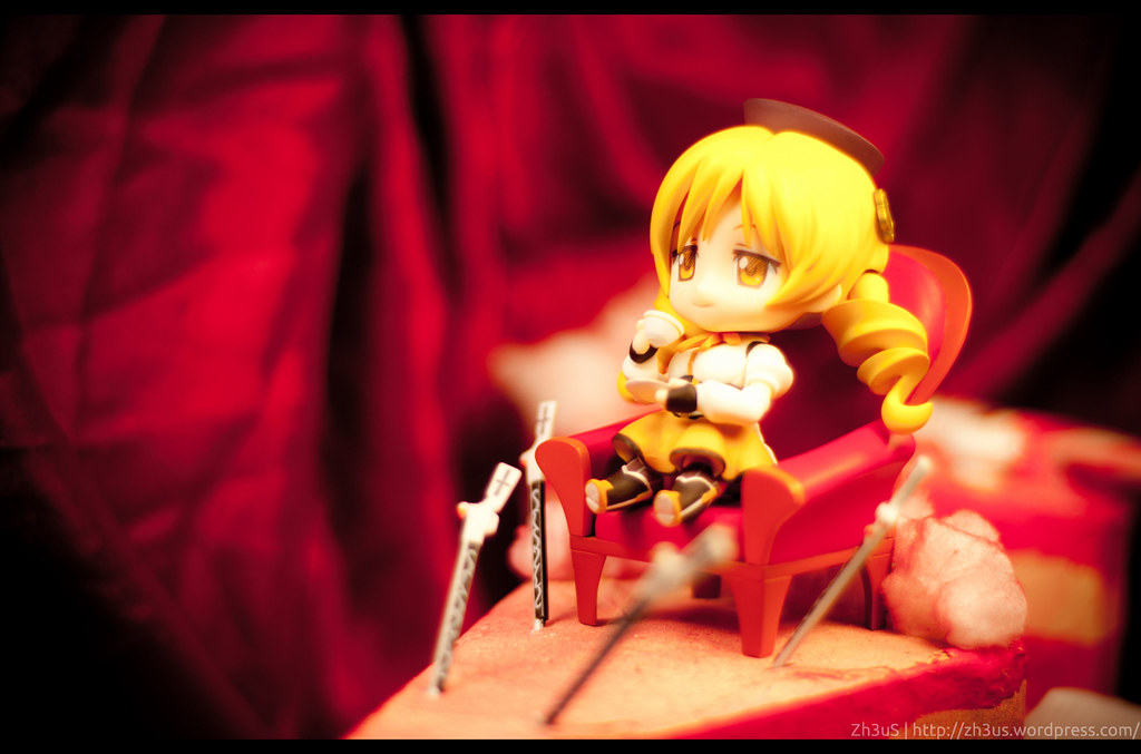Tomoe Mami Nendoroid (15 of 35)