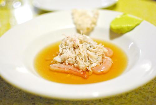 Crab Meat, Shrimp, Avocado Guacamole, Pomelos2