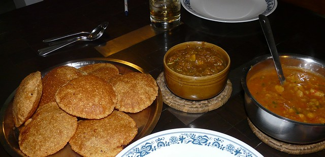 bedmi pooris - so yummm