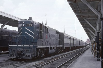 5 Photos of or from Missouri Pacific Passenger Trains