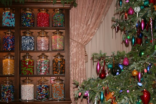 Longwood Christmas candy jar display with Christmas tree