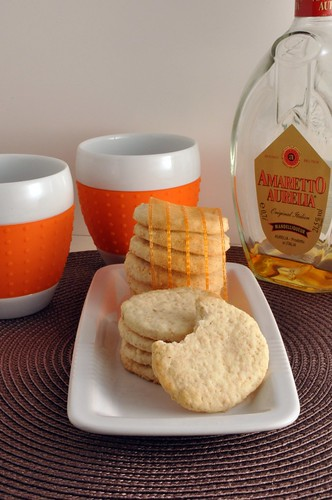 Amaretto cookie