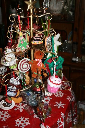 2011  Sweets tree