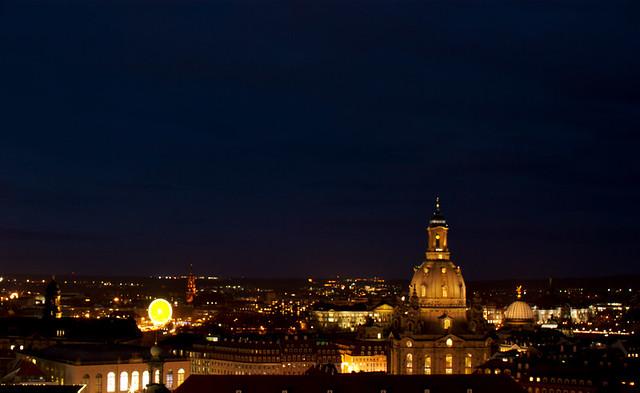 nächtliches Dresden mit Riesenrad