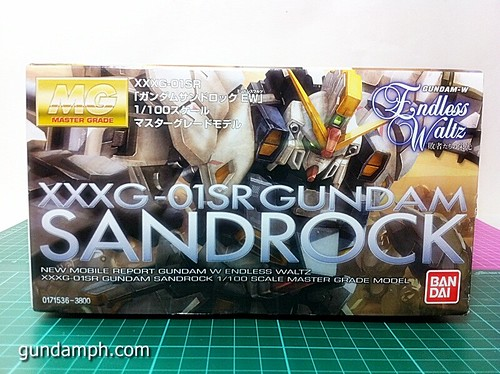MG 1 100 Sandrock EW Out Of The Box Build Review (2)