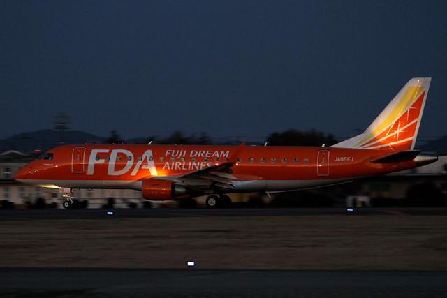FDA Embraer ERJ-170STD(JA05FJ)