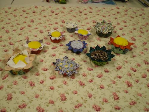 Atelier Patchwork pique-aiguilles fleurs ou PAF