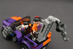 6864 The Batmobile and the Two-Face Chase - Truck 10