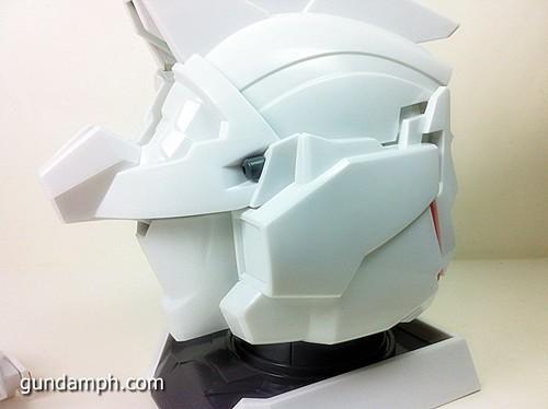 Banpresto Gundam Unicorn Head Display  Unboxing  Review (40)