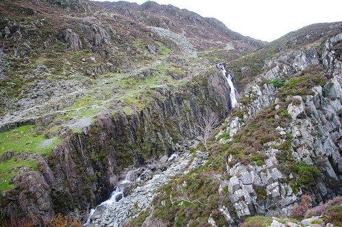 20110925-07_Waterfall + Crags above Warnscale - Dubs Bottom Area by gary.hadden