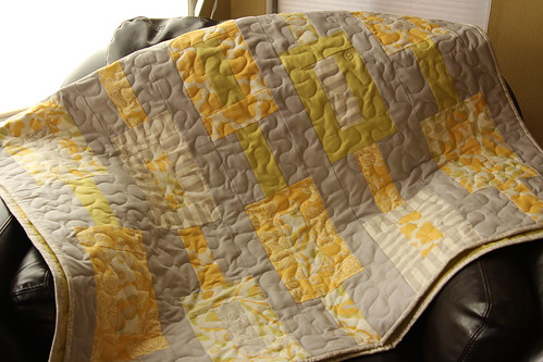 yellow+gray quilt (5)