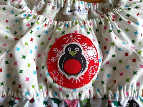 owl dress: hand applique close up