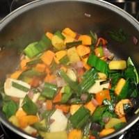 Soupe de légumes poêlés