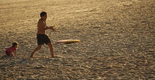 Bondi Beach Ball Game