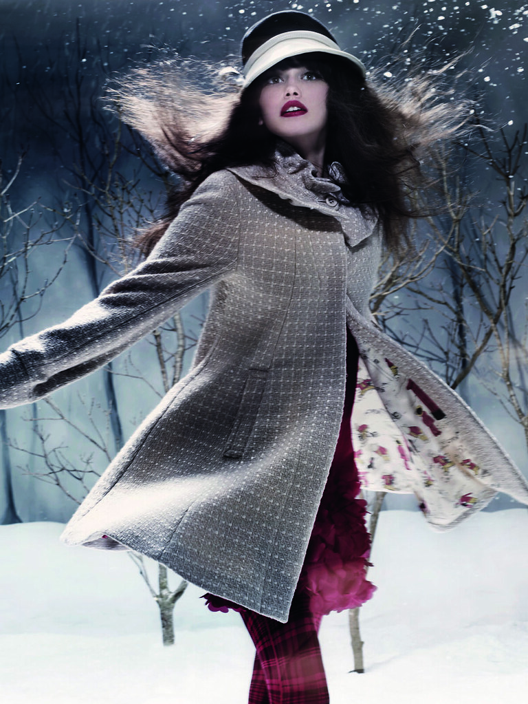 Autumn:Winter 2009 Collection - Promotional Photo (12)