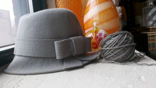Gap Hat & yarn