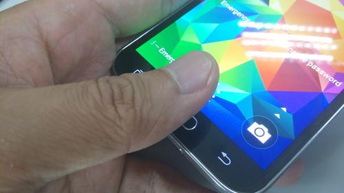 การสแกนลายนิ้วมือด้วยปุ่ม Home ของ Samsung Galaxy S5