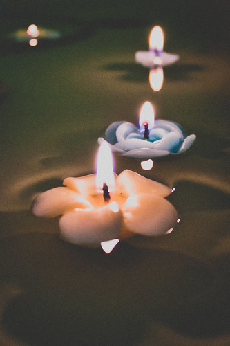 candles in the water