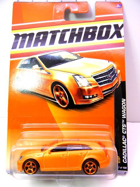 MATCHBOX CADILLAC CTS WAGON CITRUS (1)